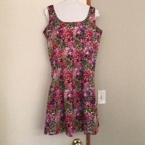 Nine West flowered spring dress